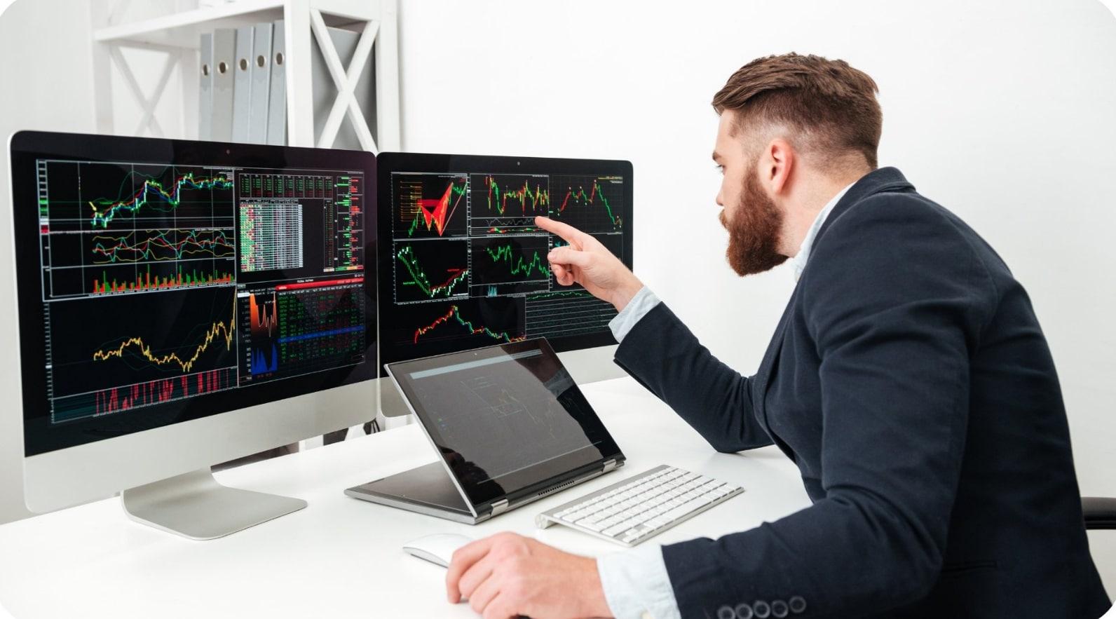 Pourquoi choisir le Forex comme marché financier pour trader en ligne ?